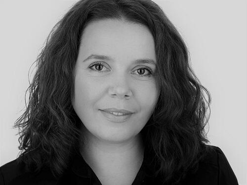 Iuliana Dinu (Bucuresti)
